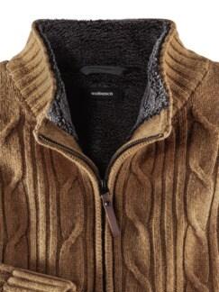 Mollig Warm Jacke Messing Detail 3
