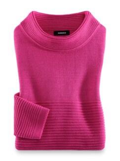 Kaminkragen Pullover Querrippe Himbeere Detail 2