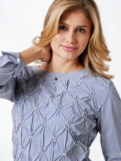 Shirtbluse Rosettenstickerei Blau/Weiß Detail 4