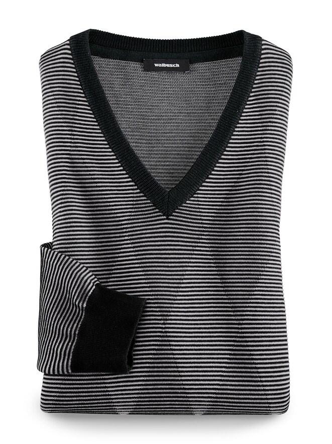 3 D V-Pullover