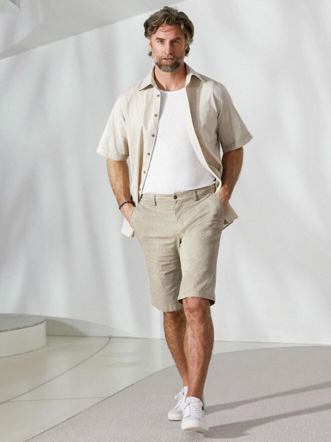 Outfit Freizeit-Hemd Reiseleinen