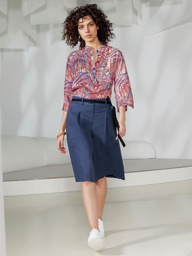 Outfit Viskose-Shirtbluse Künstlerdruck